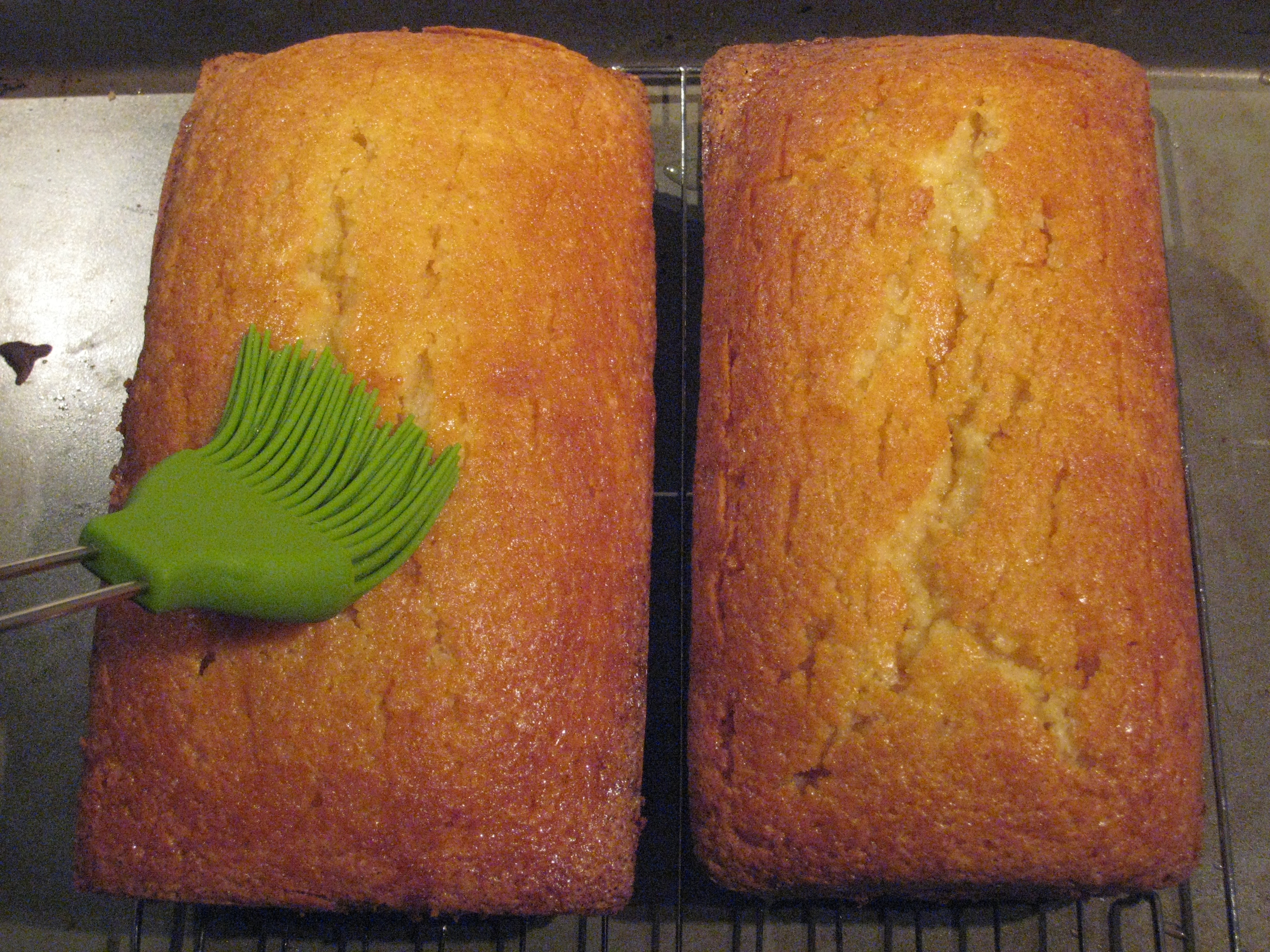 Everybody Who Has Tried This Moist Vanilla Rum Cake Has Loved It I Keep Meaning To Freeze One Loaf For Later But I Like To Give The People What They Want