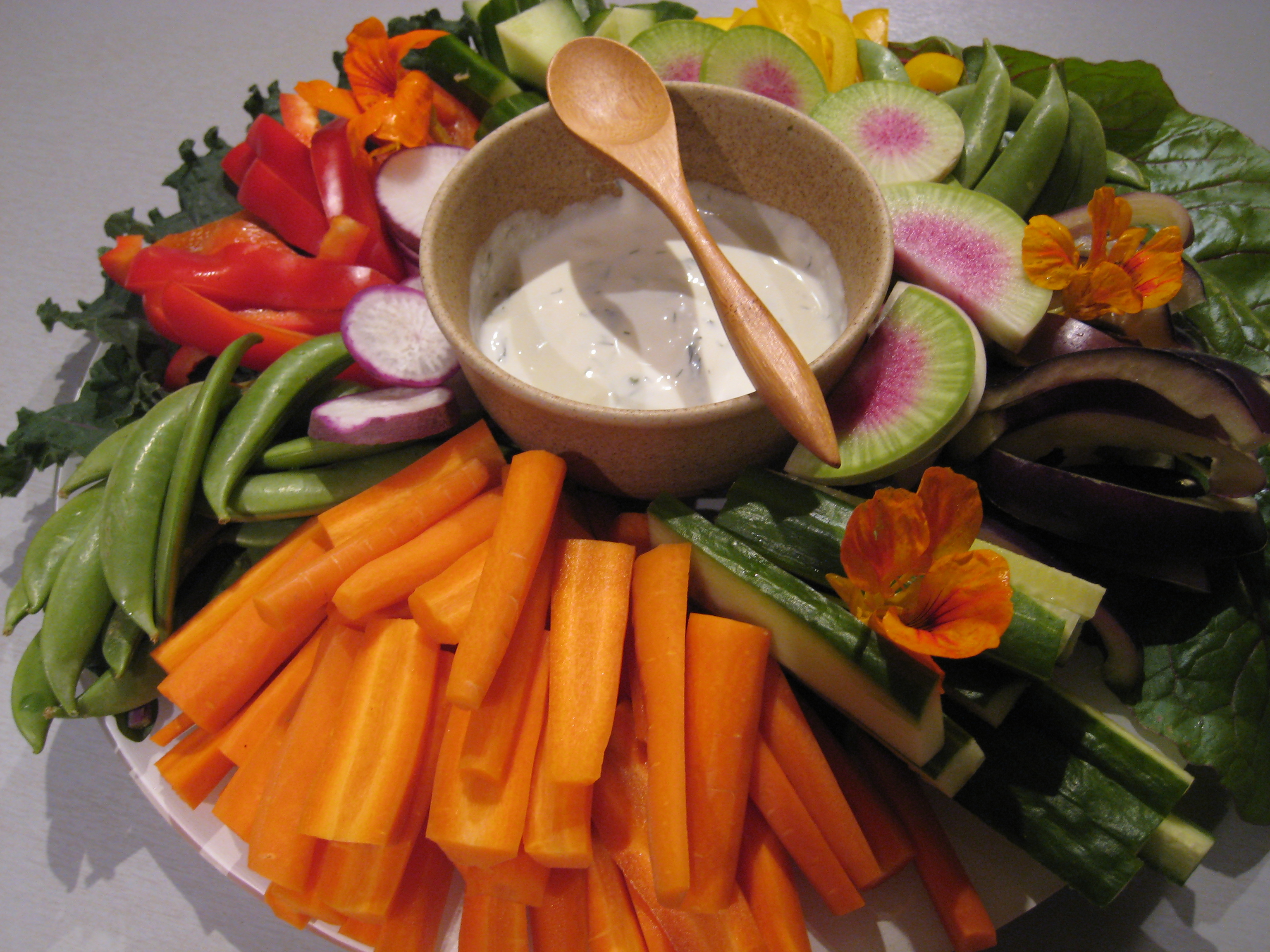 How To Make A Beautiful Vegetable Platter Trust In Kim
