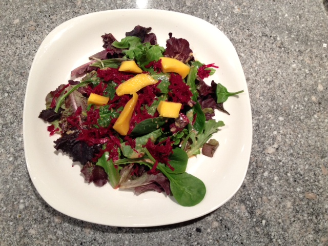 trust in kim - green salad with beets and mango