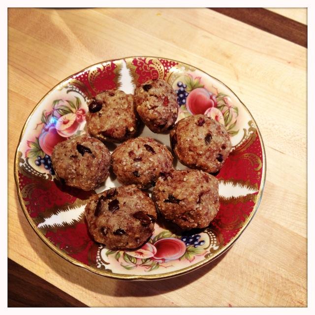 trust in kim - almond goji cacao chip cookies