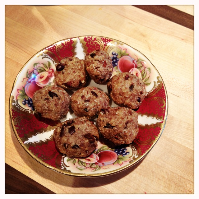 trust in kim - almond goji cacao chip cookies