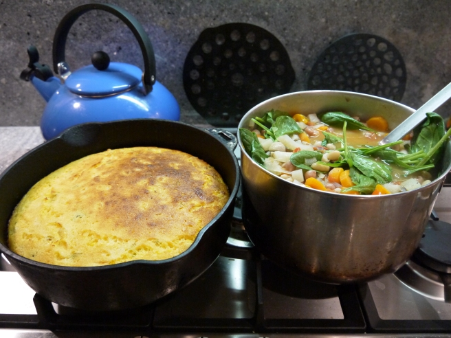 skillet cornbread - trust in kim
