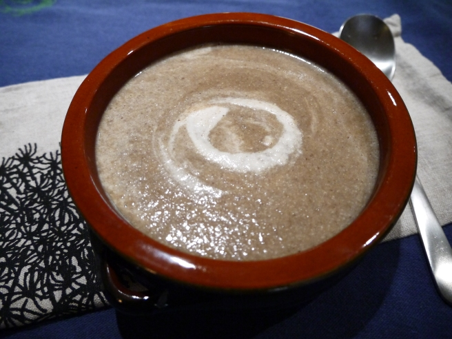 vegan cream of mushroom soup - trust in kim