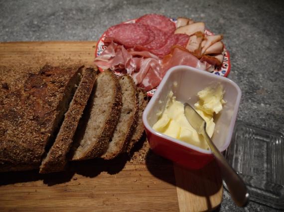 no-knead rye bread - trust in kim