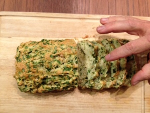 spinach and pine nut bread - trust in kim