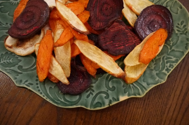 roasted root vegetable chips - trust in kim