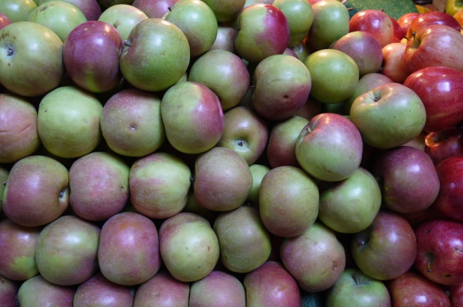 apples - trust in kim