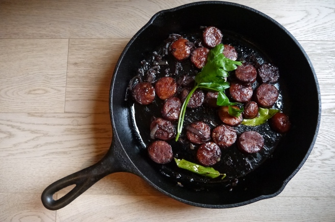 red wine chorizo tapas - trust in kim
