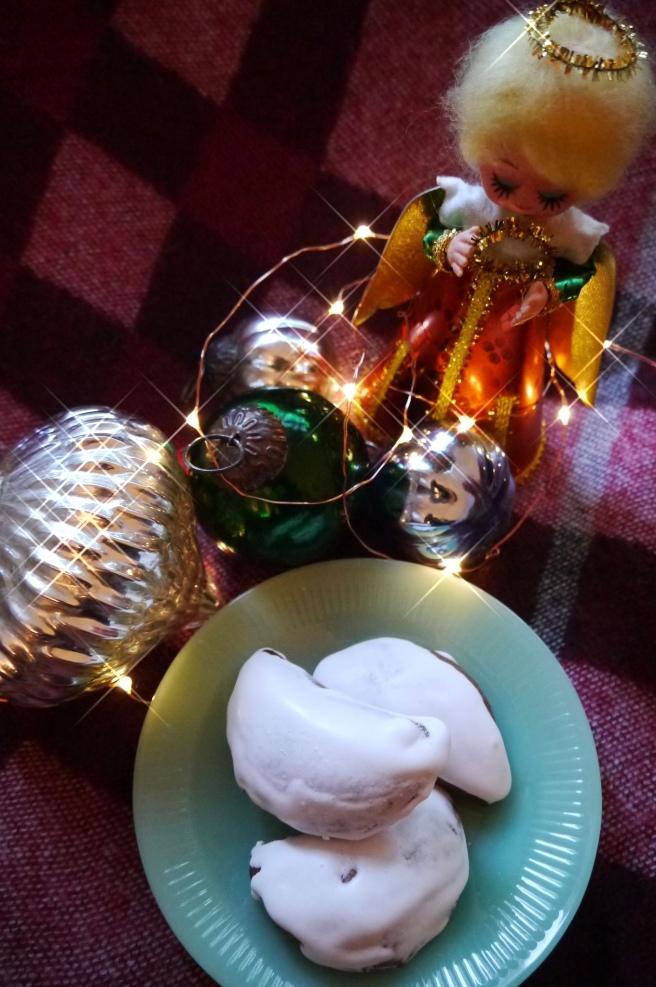 Oma S Jam Filled Christmas Cookies Aka Ammonia Cookies Trust In