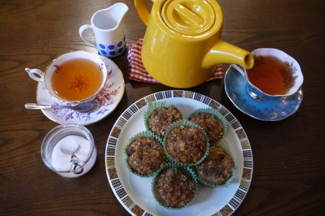 healthy oat muffins - trust in kim
