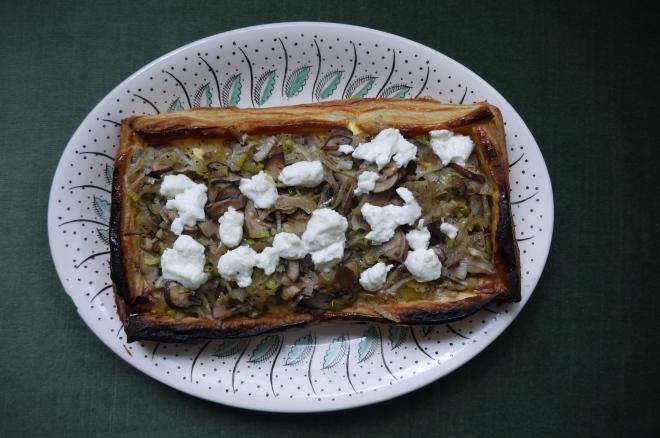 leek, mushroom and goat cheese tart- trustinkim