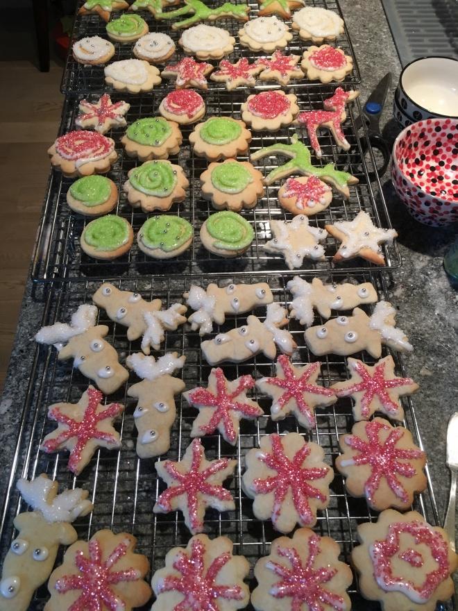 sour cream cutout cookies - trustinkim