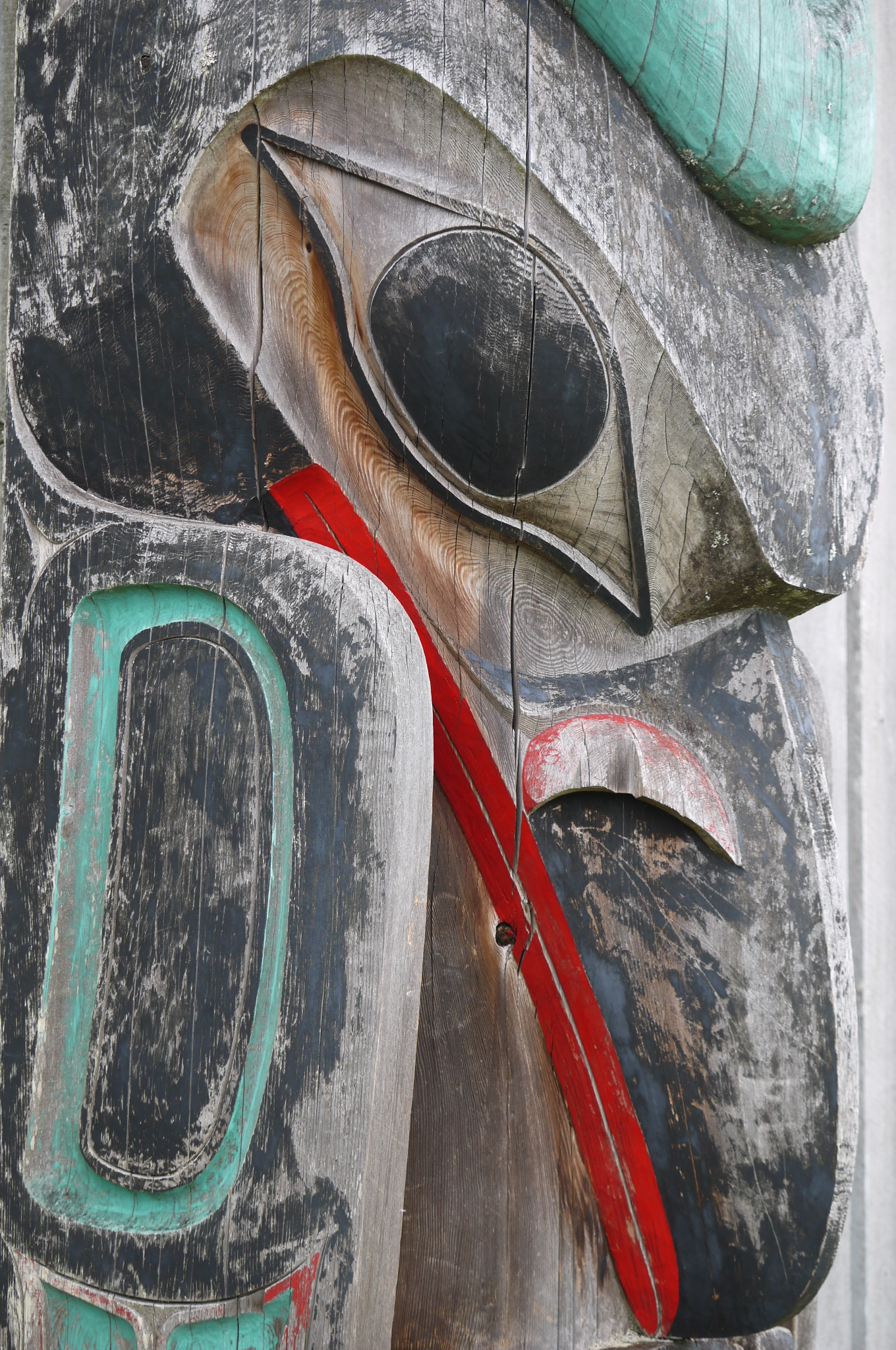 Old Massett Totem Pole - trustinkim.com