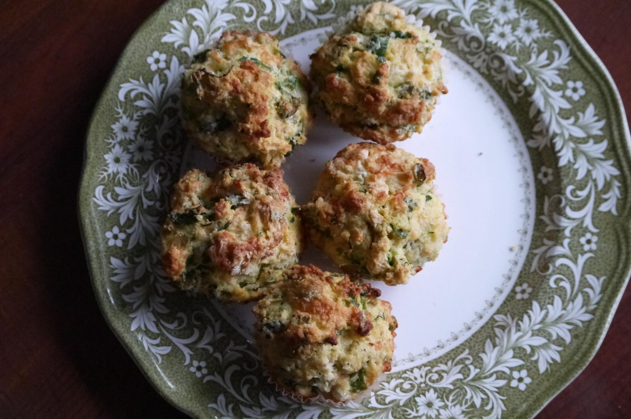 savoury cheddar muffins - trustinkim.com