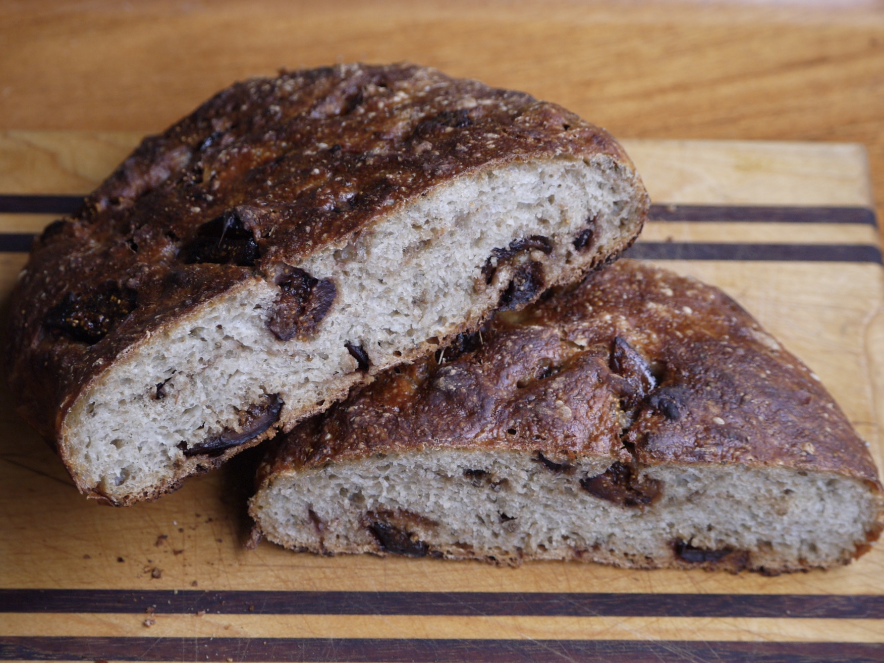 fig and anise bread - trustinkim.com